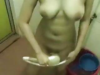 Download video bokep awek tudung cantik mandi Mp4 terbaru