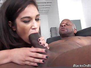 White girl Devyn suck and fuck big fat black cock