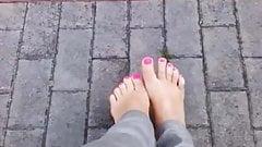 feet on street