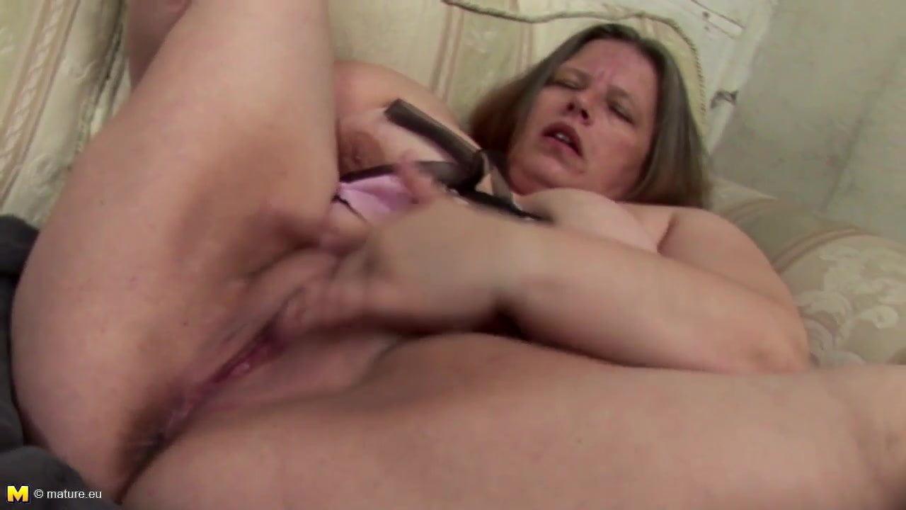 twink slut blowjob penis cumshot