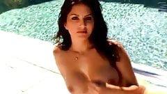 Sunny Leone pool porn image