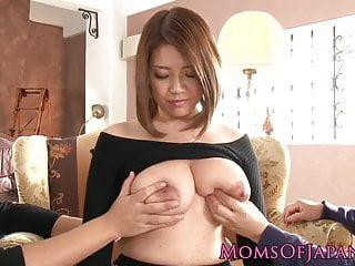 Download video bokep Bigtitted japanese milf facefucked Mp4 terbaru