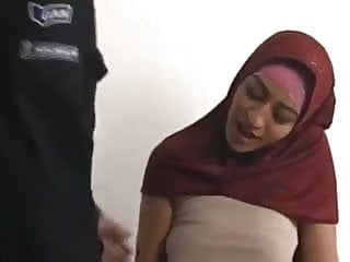 Sexy muslim makes him cum in 4 minutes