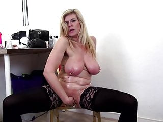 Sexy mature moms with thirsty cunts