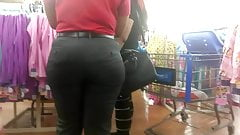 Phat Booty Chick in Wendy's Uniform