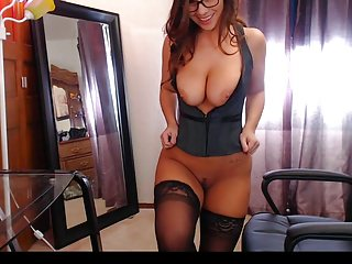 Hot webcam busty milf stripping and showing her sexy body