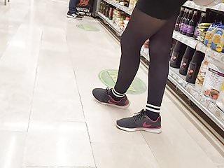 Download video bokep Shopper in black opaque pantyhose  Mp4 terbaru