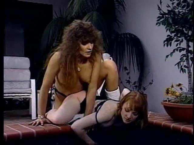 Femjoy sexy nude tan