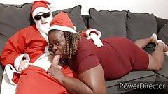 Santa claus se fait sucer par ma grosse pute black