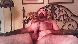 Hairy Daddy Bear Gets Nasty