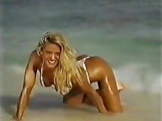 Victoria Pratt - hot bikini photoshoot from the '90s
