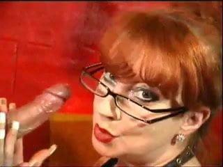 Redhead british milf bathtime blowjob