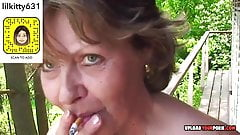 mature shows tits and masturbate