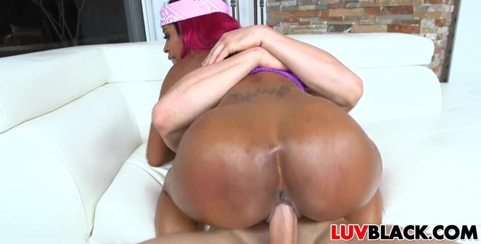 Black Girl Twerking Live