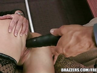 Brazzers Rhylee Richards Sex Toys On The Gunn Show