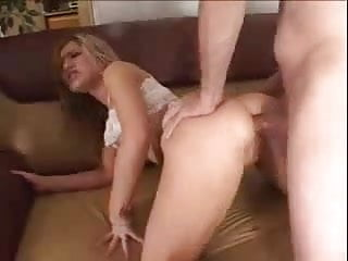 19 years old Kayla Marie gets a hard DP