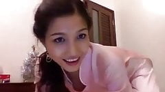 sexy in ao dai chat