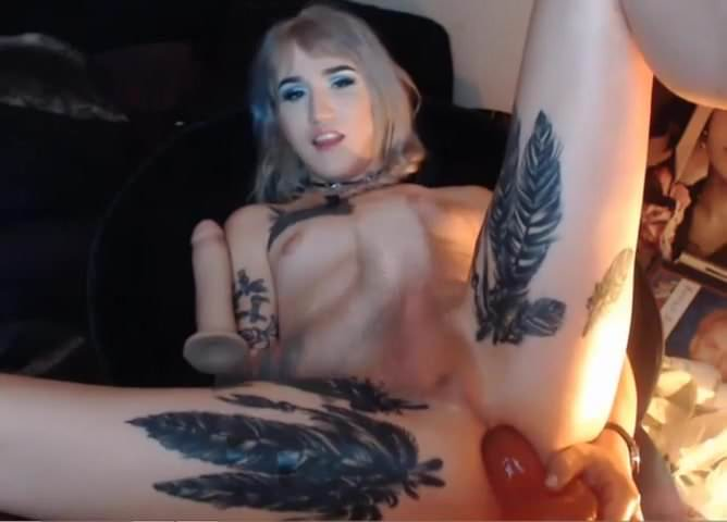 Blonde Teen Webcam Couple