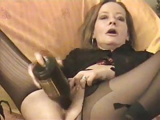 Amateur - horny Mature twin bottles her pussy & Arse