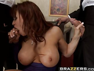 Brazzers Milfs Like It Big Mothers Lay Scene Starring De
