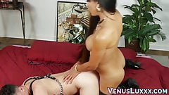 Asian shemale penetrates FTM youngster before cumming