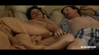 Amy Landecker and Alia Shawkat in Transparent - S04E04