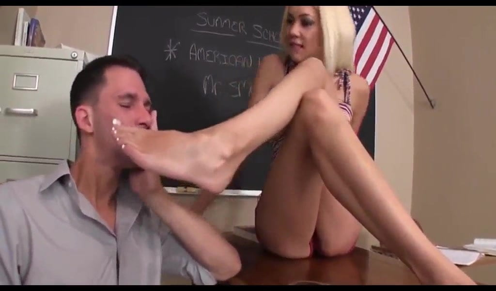 Ebony Tasha Feet Tickle
