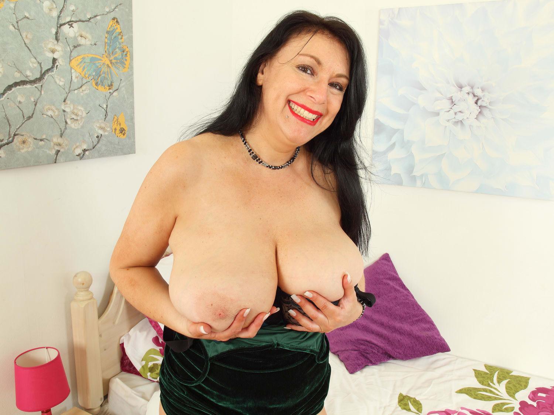 Sabrina and big boobs dildo