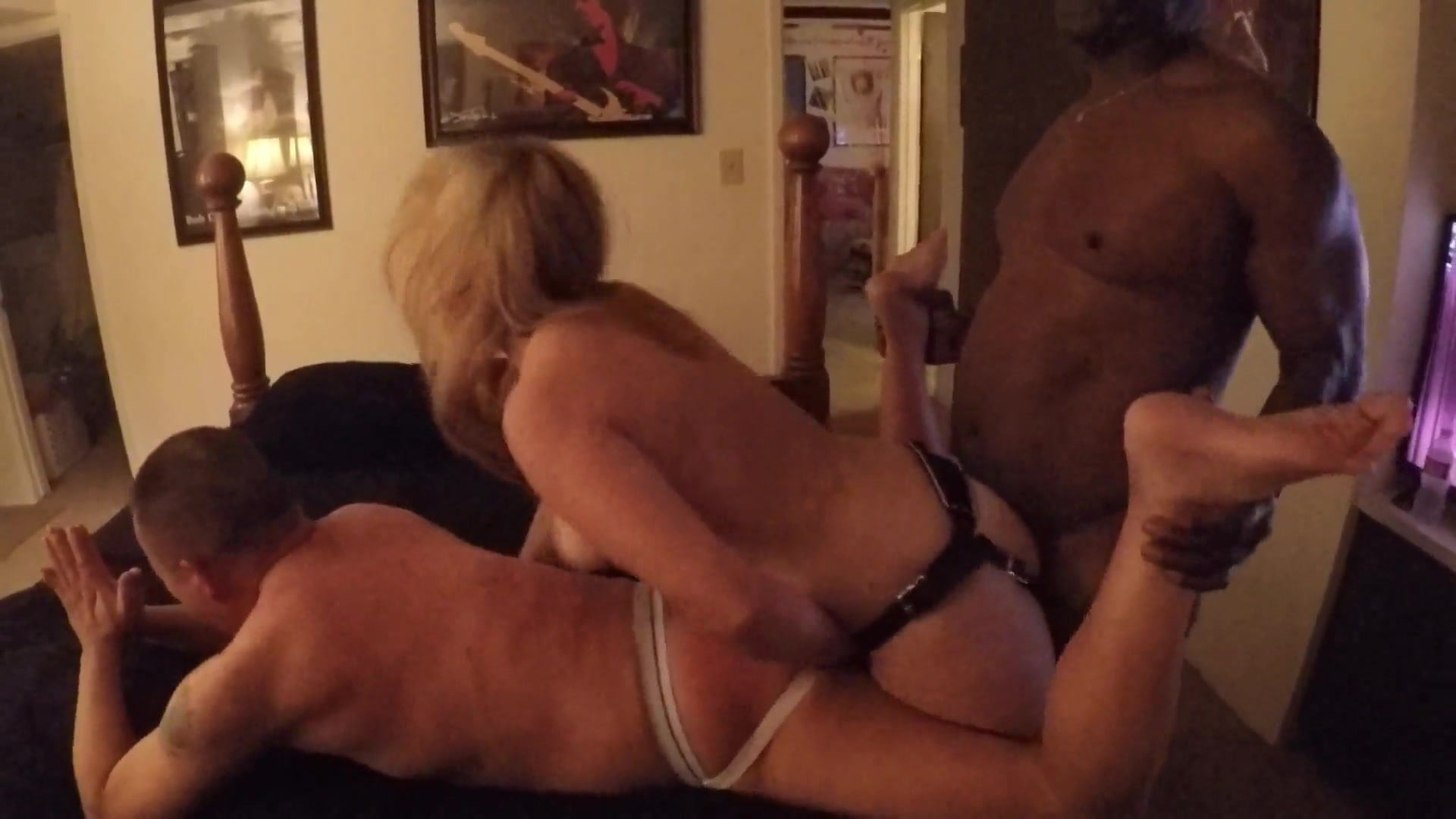Showing Porn Images For Wife Fucks Hubbys Ass Strapon Porn -4083
