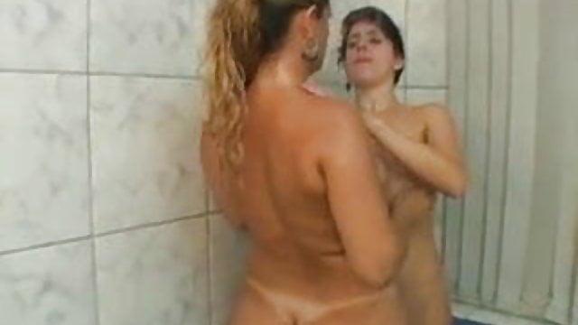 Brazilian Lesbian Deep Hands