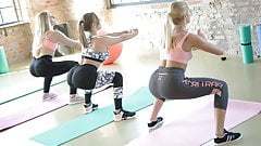 Sexy Gym Girls on a fierce Threesome