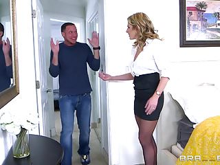 Esposa Furiosa Se Cogerá Al Vecino - Cory Chase