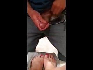 Misshotwife - Letting husband cum on my orange painted toes