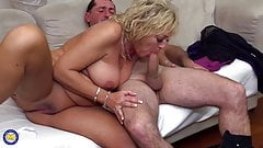 Hungry mother suck and fuck mature cock