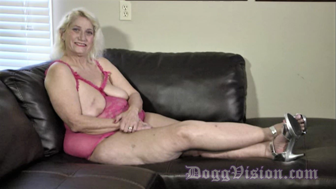 Anal Attraction 12 gilf anal fucked30 years younger bbc