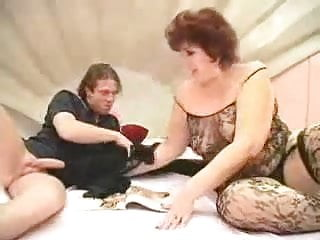 Granny BBW hardcore fucking in bed