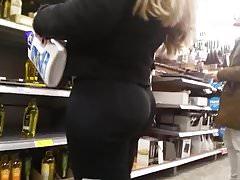 Short Pawg Big Bubble Butt.