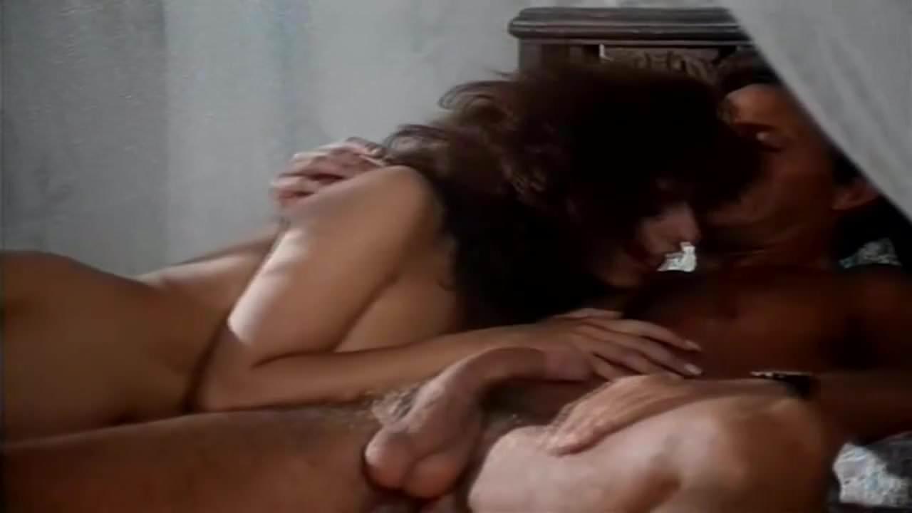 Lalcova Dei Piaceri Proibiti (1994)
