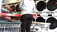 phatty at the laundromat (full)