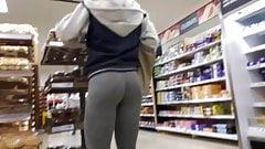 Hot ass in grey leggings
