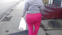 huge bbw ass in pink sweats
