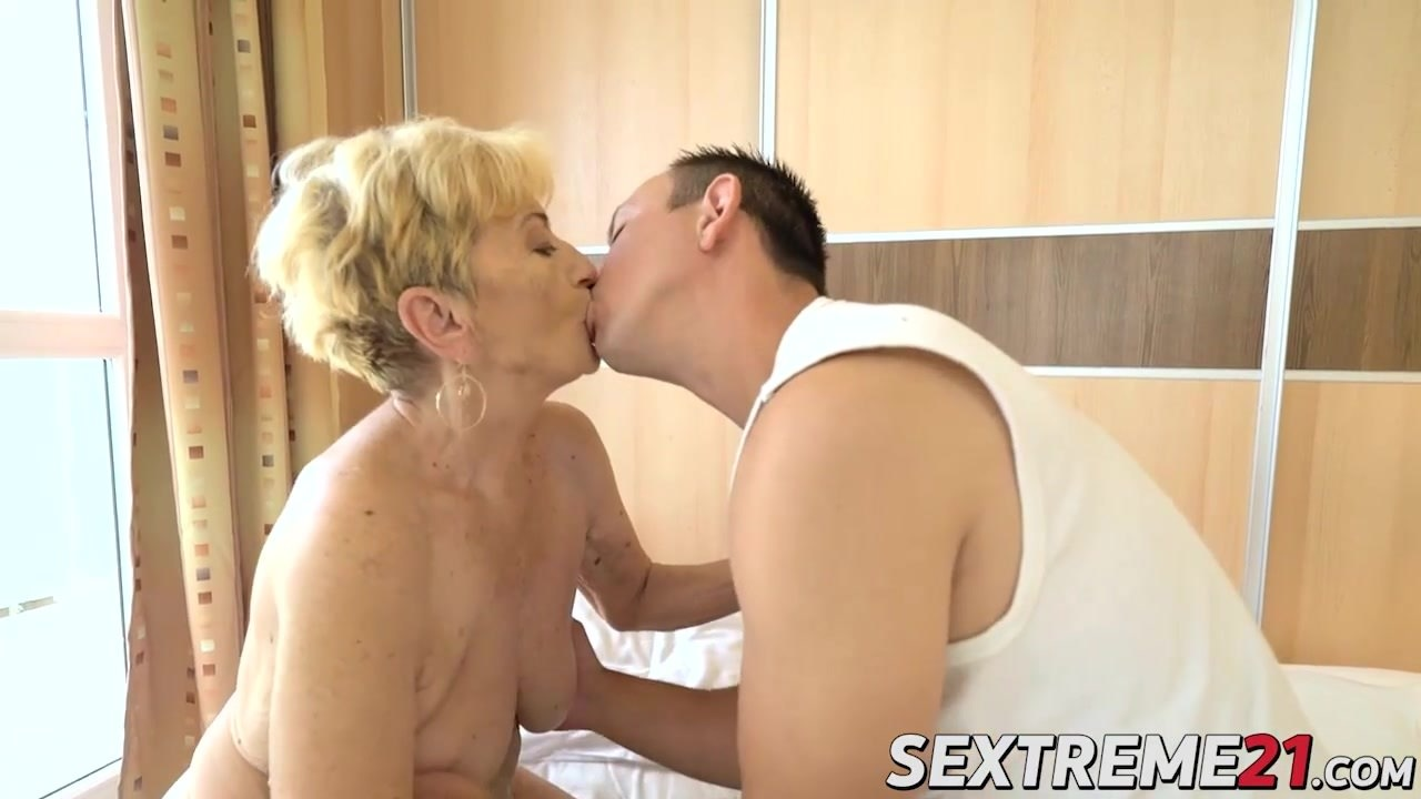 image Hot stud rob destroys horny granny maylas old and hairy cunt