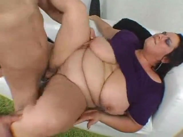 Bbw milf with huge natural hangers