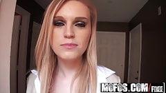 Mofos - Pervs On Patrol - Amanda Bryant - Peeking in the Win