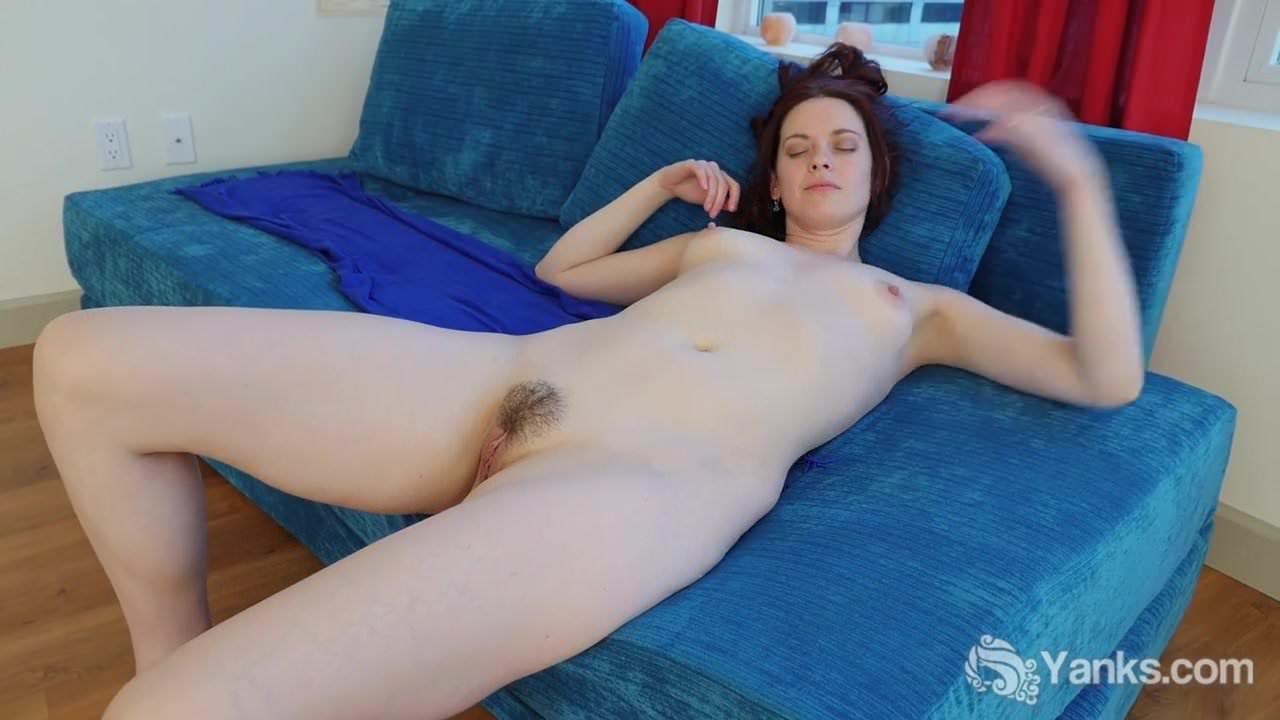 Free download & watch yanks hottie savannah sly masturbates         porn movies