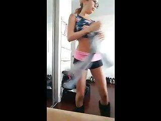 Periscope - Kat dior - Ass shake and boobs show