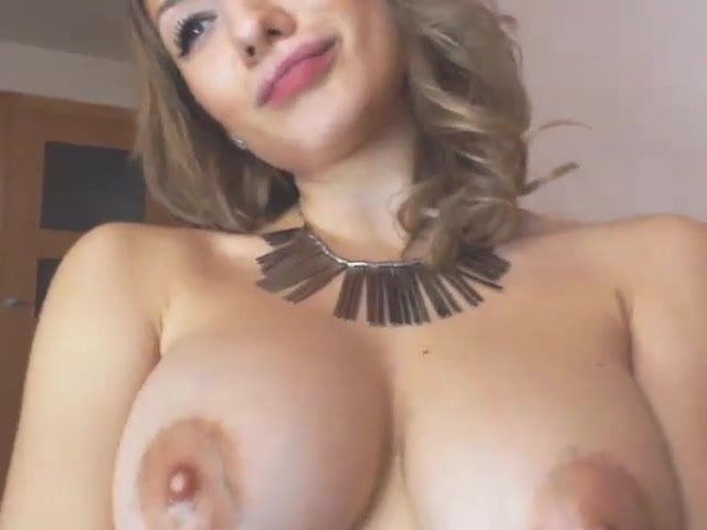 Sexy Ass College Babe In A Hot Sexy Stripdance