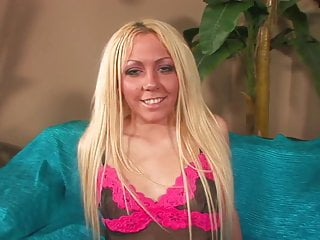 Blonde whore can handle a huge black dick like a pro