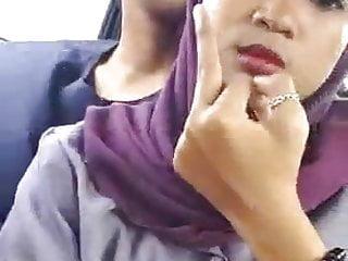 Download video bokep Gadis berpakaian ungu yang cantik Mp4 terbaru