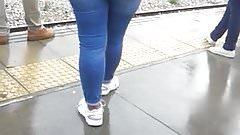 big flat ass in jeans